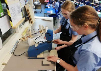 Year 9 engineers build model bridges